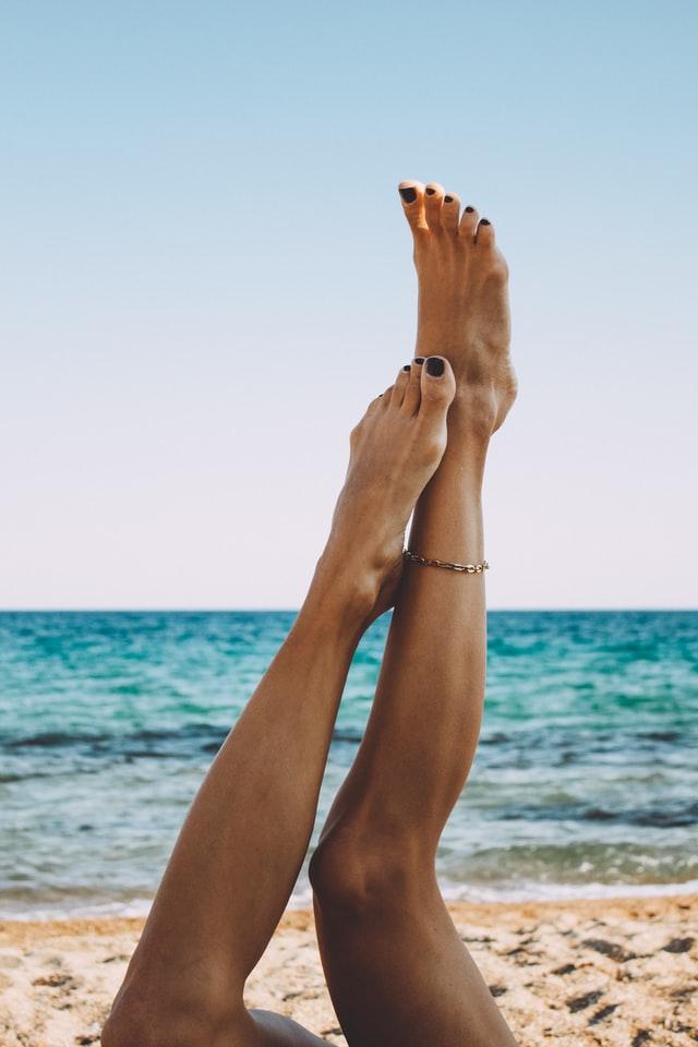 Kako skrbeti za svoje noge pred poletjem?